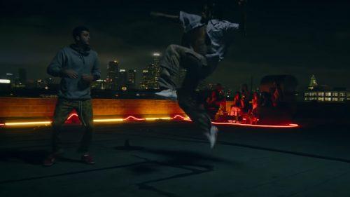 Wiz Khalifa pelea sin parar en el clip de 'Rolling Papers 2'