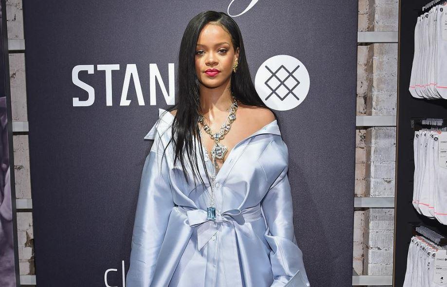 Rihanna está de vuelta en el estudio y trabaja en dos nuevos álbumes