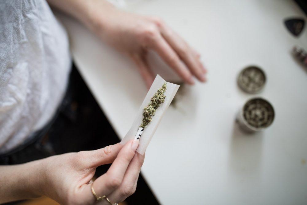 La marihuana medicinal ya es legal en Reino Unido
