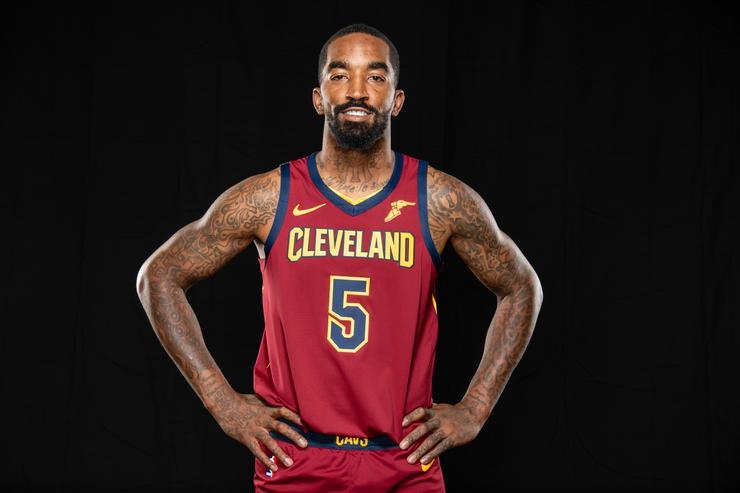 La NBA multará a J.R. Smith si no cubre su tatuaje de Supreme