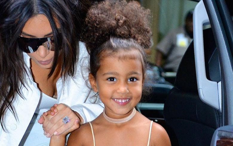 North West debuta como modelo de pasarela a los 5 años de edad