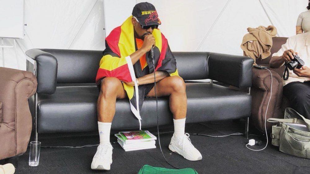 Kanye West viaja a Uganda para grabar un disco y aprovecha para volver a Twitter