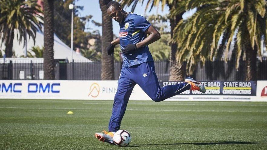 Usain Bolt triunfa en el fútbol y recibe una oferta del Valleta FC