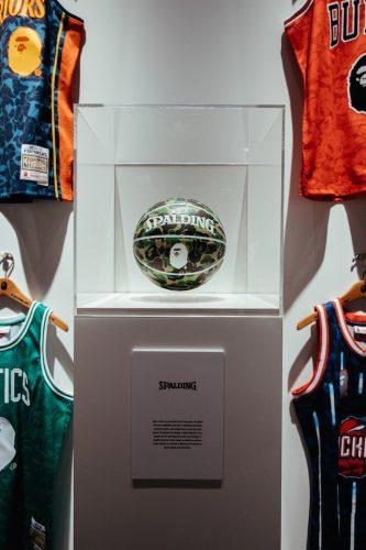 bape nba jersey collab 04 640x960 333x500 - BAPE x NBA: prepárate para pillar la elástica de tu equipo favorito