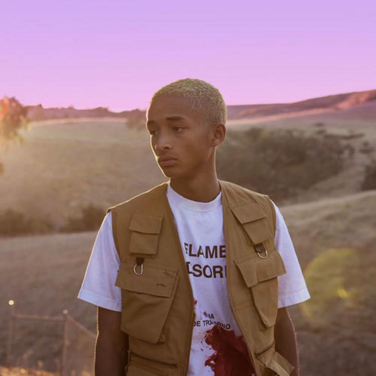 Escucha aquí 'The Sunset Tapes: A Cool Tape Story' de Jaden Smith