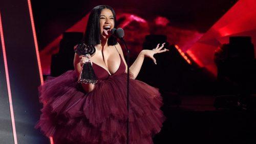 Cardi B responde al beef que le tira Nicki Minaj en 'MAMA'