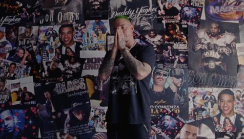 J Balvin rinde homenaje a la música urbana en 'Reggaeton'