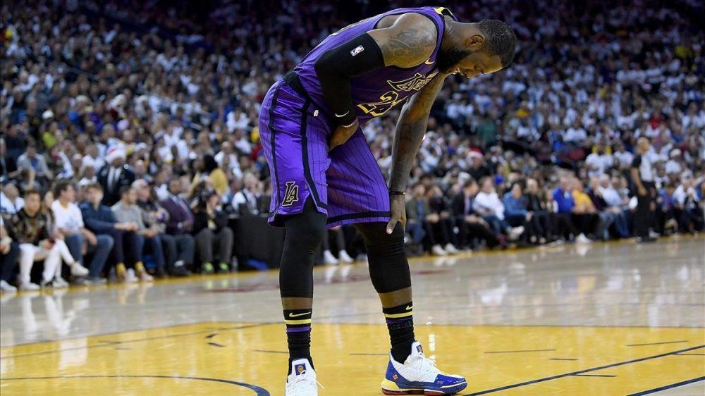 Una lesión aparta a LeBron James de las canchas de manera indefinida