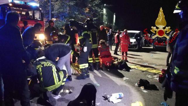 Una estampida en un concierto de Sfera Ebbasta deja 6 muertos y más de 100 heridos