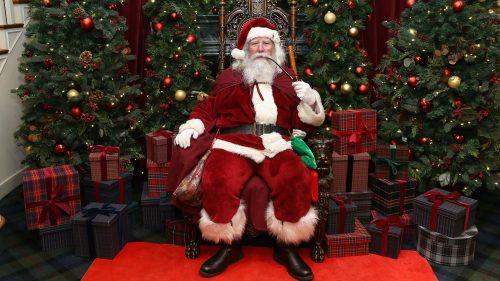 Arrestan a un hombre tras decir a unos niños que Papá Noel no existe