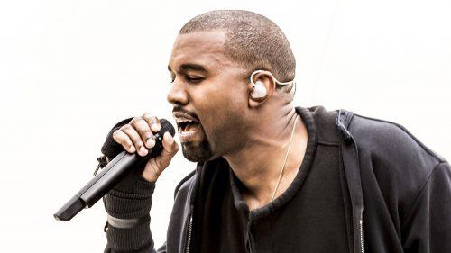 Kanye West se pasa a la música gospel en sus 'Sunday Service'