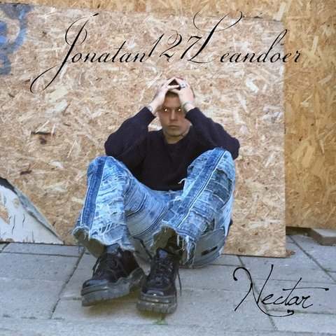 large - Yung Lean, aka jonatan leandoer127, vuelve con su experimental 'Nectar'