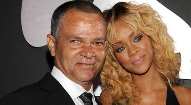 Rihanna demanda a su padre por utilizar su nombre para hacer negocios
