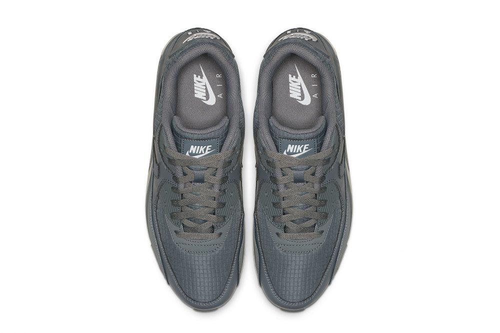 5 6 1000x666 - Las nuevas Nike Air Max 90 apuestan por el 'Cool Grey'