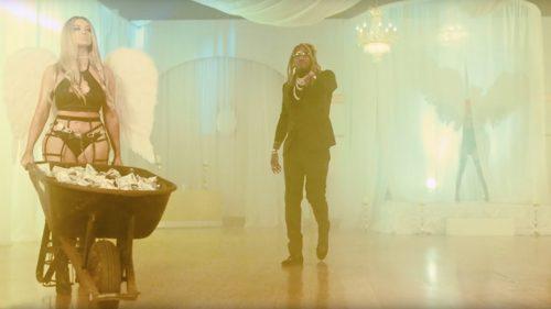 Future llora por sus logros en el videoclip de 'Never Stop'