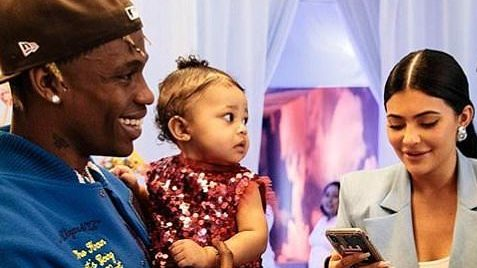 Travis Scott celebra por todo lo alto el primer cumpleaños de su hija