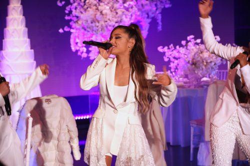 Ariana Grande rinde homenaje a Mac Miller en su show de Nueva York