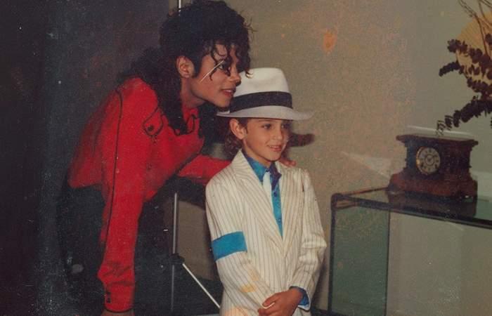 ¿Por qué el documental sobre los supuestos abusos de Michael Jackson huele a montaje?