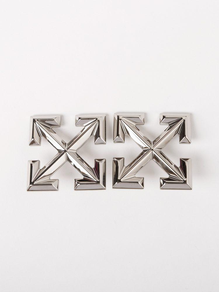 10 750x1000 - Off-White publica las primeras imágenes de su nueva colección de joyas