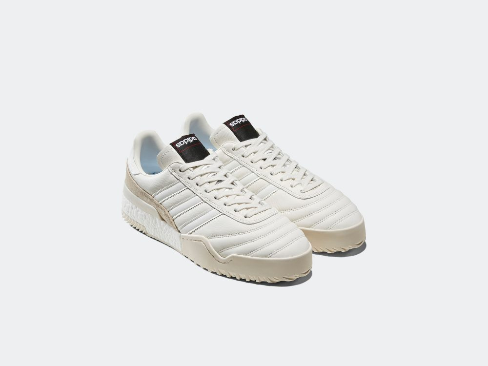 2 1000x750 - Ya está aquí lo nuevo de adidas Originals by Alexander Wang