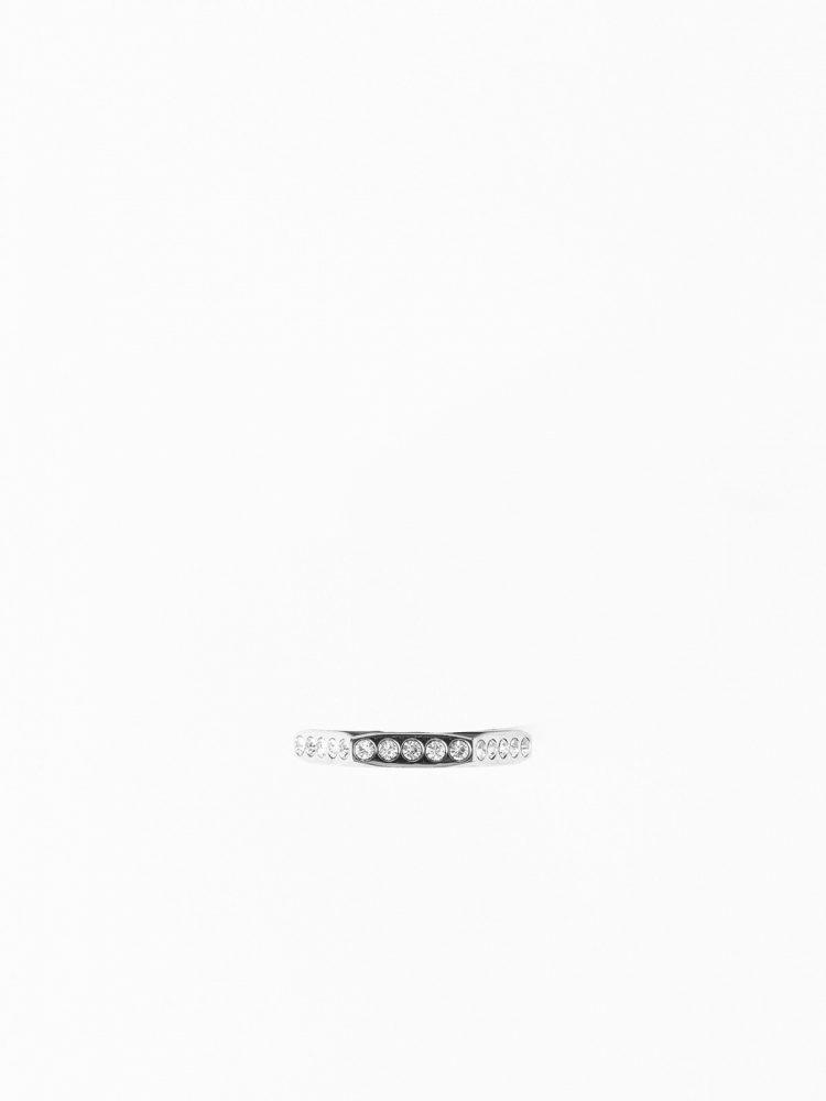 8 1 750x1000 - Off-White publica las primeras imágenes de su nueva colección de joyas