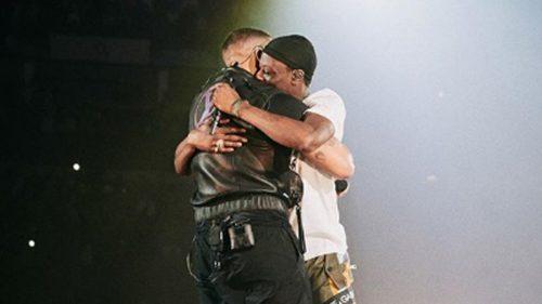 Drake saca al escenario a J Hus horas después de ser liberado