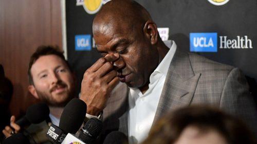 Magic Johnson niega haber acosado a empleados de los Lakers