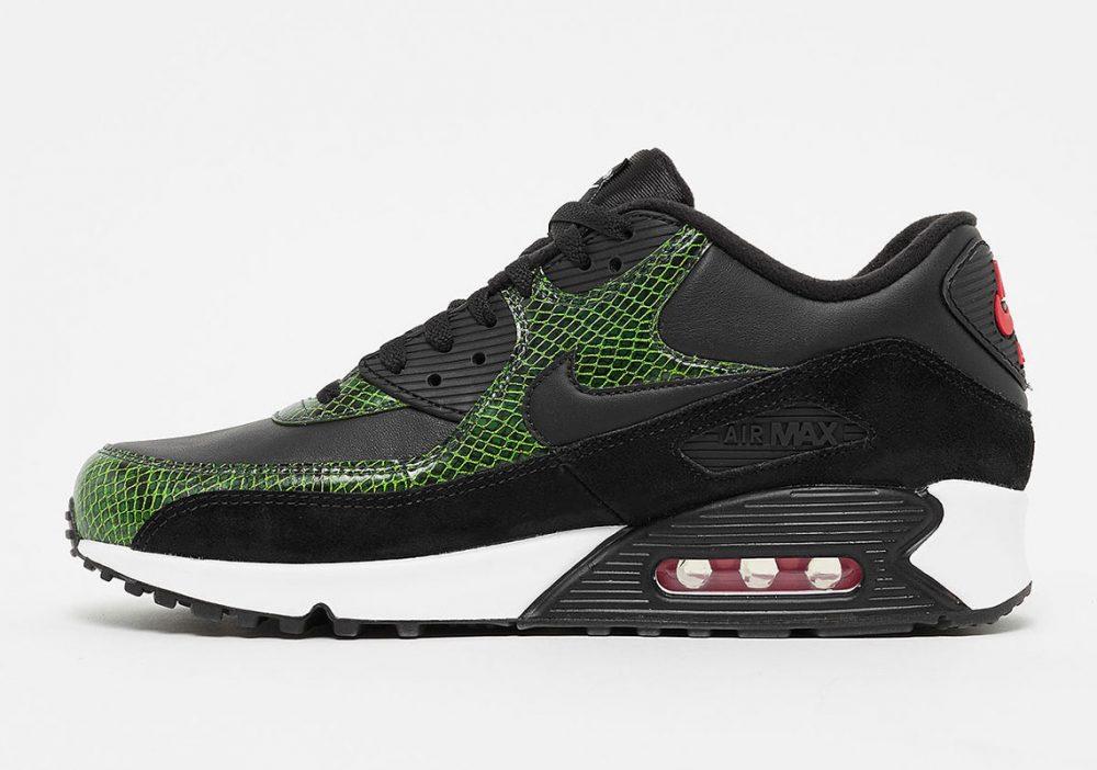"""2 1 1000x702 - La familia de las Nike Air Max 90 aumenta con las """"Green Python"""""""