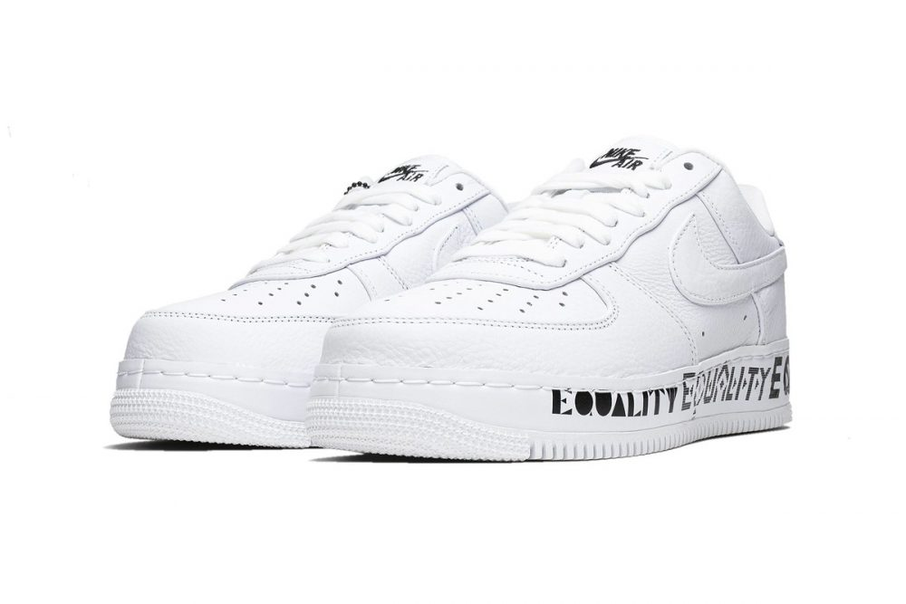 "https   hypebeast.com image 2019 06 nike air force 1 low cmft equality release aq2118 100 2 1000x667 - Nike celebra el Mes del Orgullo con las Air Force 1 Low CMFT ""Equality"""