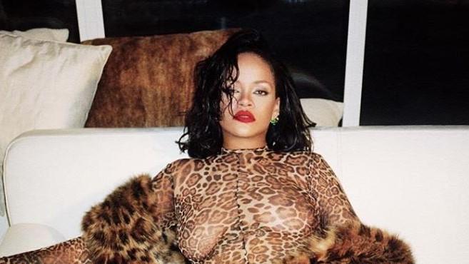 Rihanna dice que «le encanta lo que tiene ya grabado de su nuevo disco»