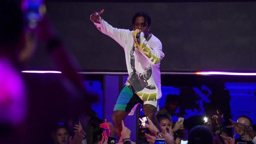 Se filtran las imágenes de la pelea callejera de A$AP Rocky en Estocolmo