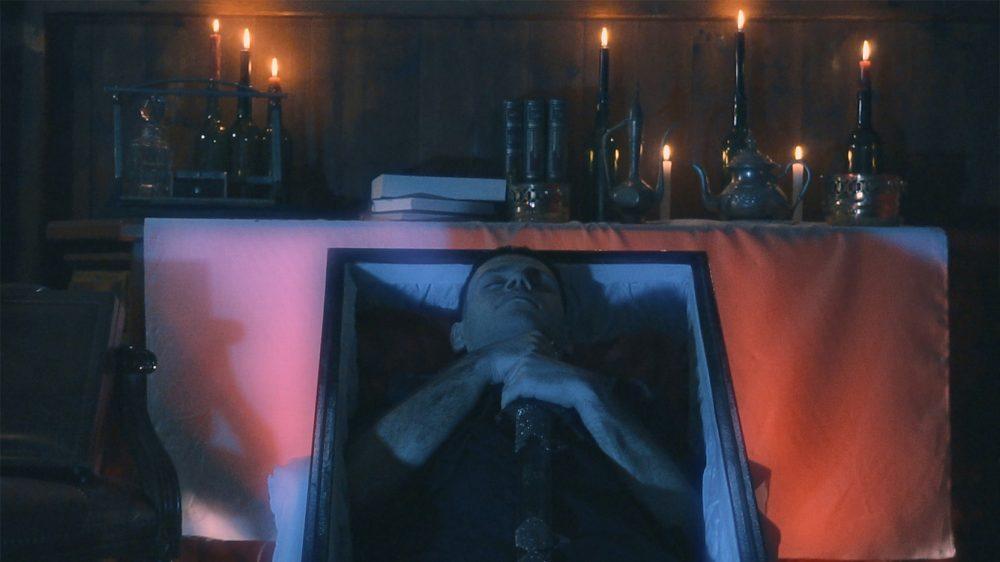 KolomB presenta su disco 'Diario de un Vampiro' con nuevo videoclip