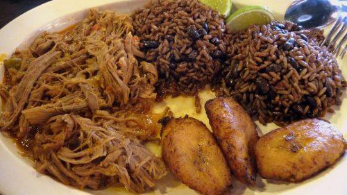 Comida cubana 3 1024x576 500x281 - Tres lugares inmejorables para comer rico en La Habana