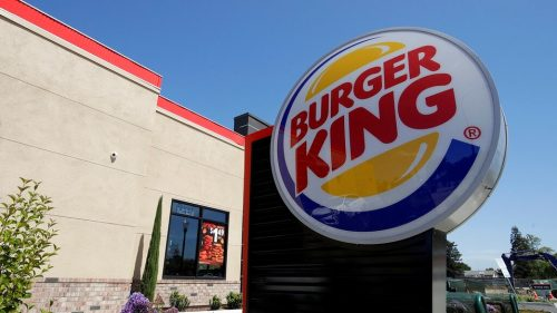 Burger King despide a 5 empleados por trollear a un policía