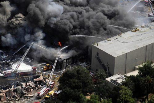 incendio universal 500x333 - Universal asegura que el material de sus artistas no se quemó en 2008