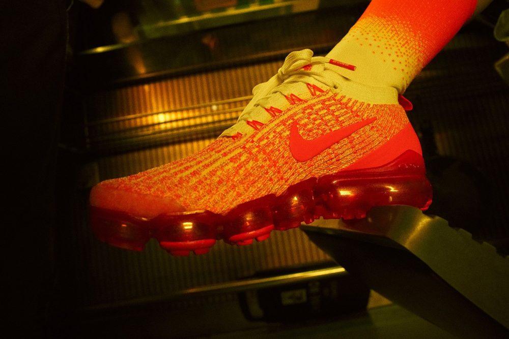 nike china hoop dreams pack release date price 08 1000x667 - Nike vuelve a los 2000 con la colección China Hoop Dreams