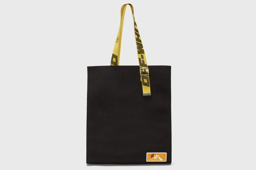 "off white puffy origami tote bag release 74 1000x665 - Off-White apuesta por el minimalismo para su nueva bolsa ""todoterreno"""