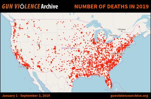 muertes 500x329 - USA promedia más de un tiroteo masivo al día durante 2019
