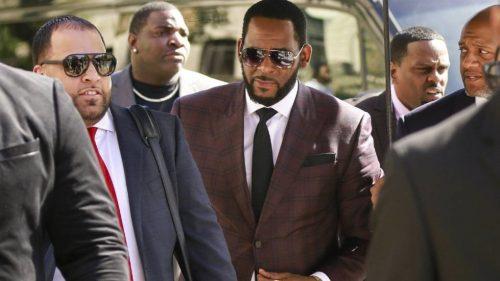 Acusan a R. Kelly de chantajear a sus víctimas con difundir fotos