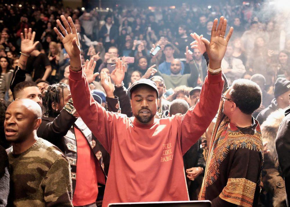 Kanye West confiesa que se ha convertido al cristianismo recientemente