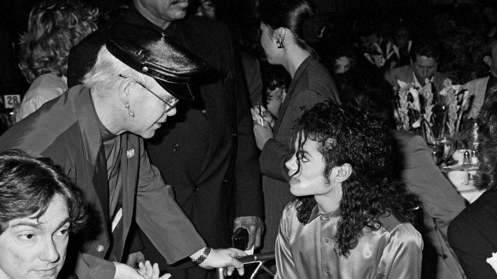 Elton John llama a Michael Jackson «enfermo mental» en sus memorias