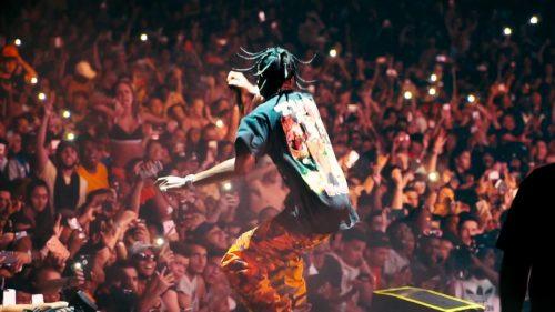 Travis Scott se rompe la rodilla durante su show en el Rolling Loud Festival