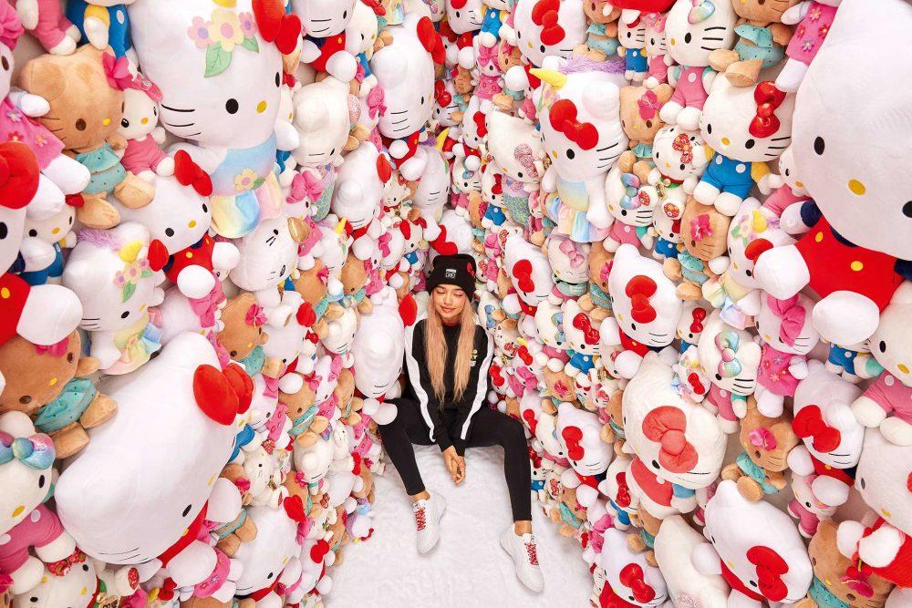 19AW xSP Hello Kitty Adult Model 0639 1000x667 - PUMA celebra el 45 aniversario de Hello Kitty con una nueva colección