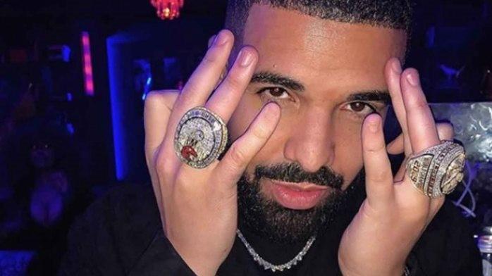 Drake sigue reinventándose y entra en la industria del cannabis