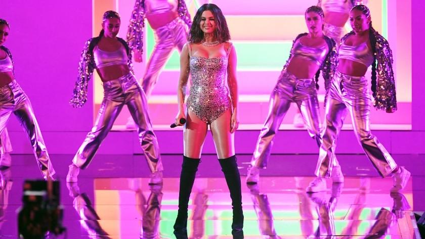 Selena Gomez sufre un ataque de pánico antes de su última actuación