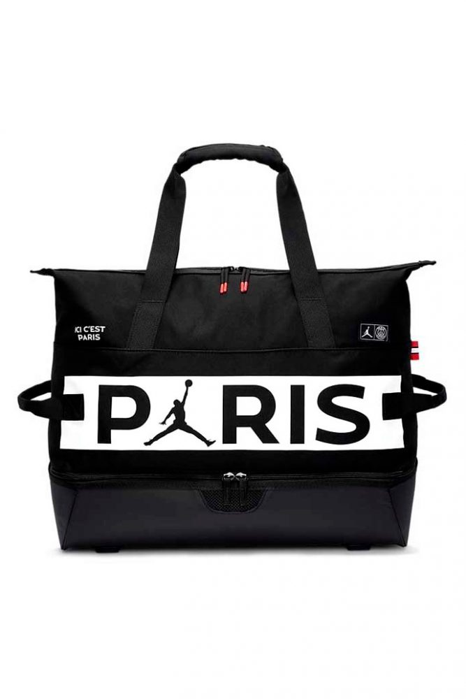 https   hypebeast.com image 2020 01 paris saint germain jordan brand spring summer 2020 full capsule 23 667x1000 - El Paris Saint-Germain y Jordan lanzan su colección cápsula SS20