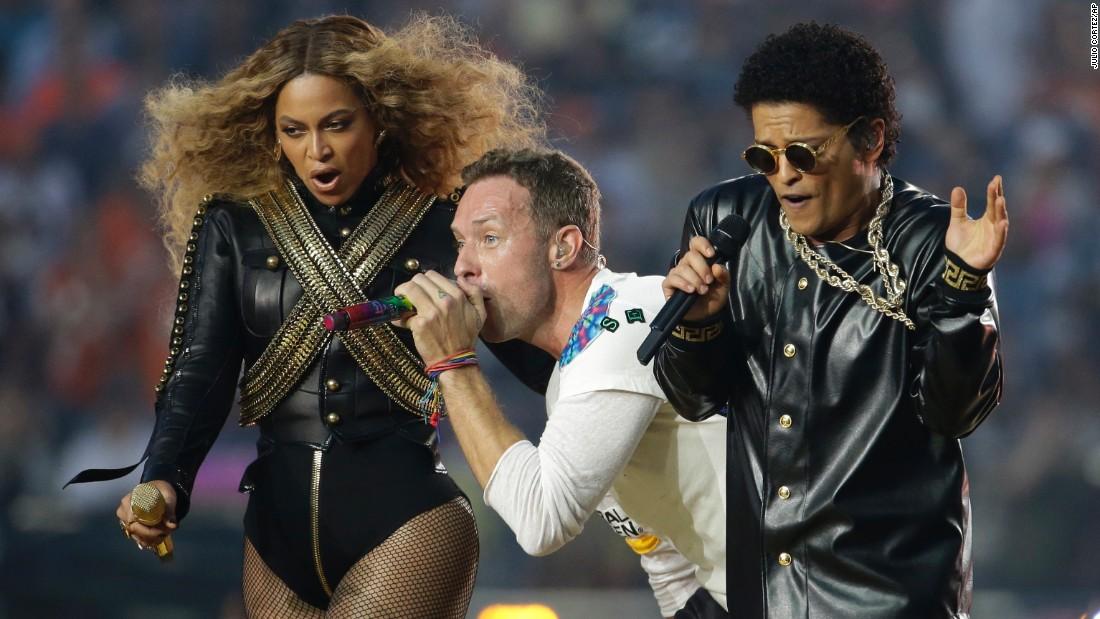 Recopilamos las mejores actuaciones de la Super Bowl