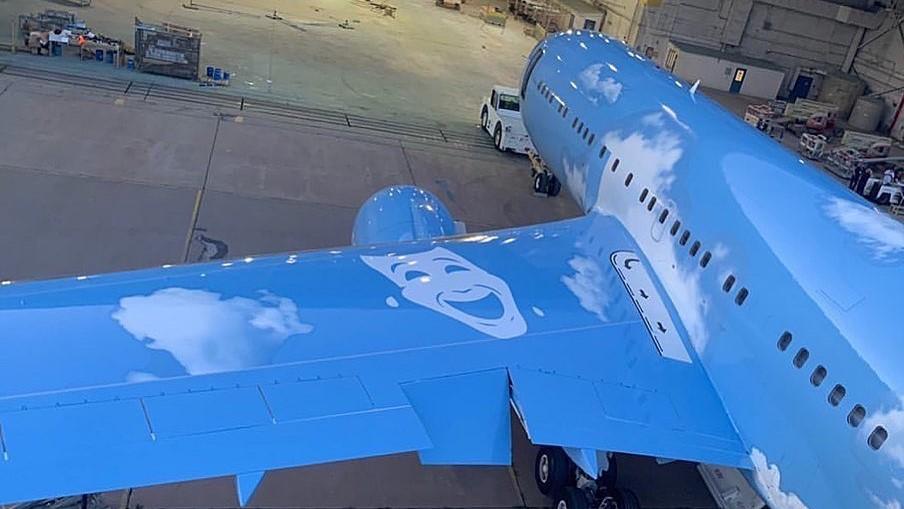 Virgil Abloh está tuneando el avión privado de Drake