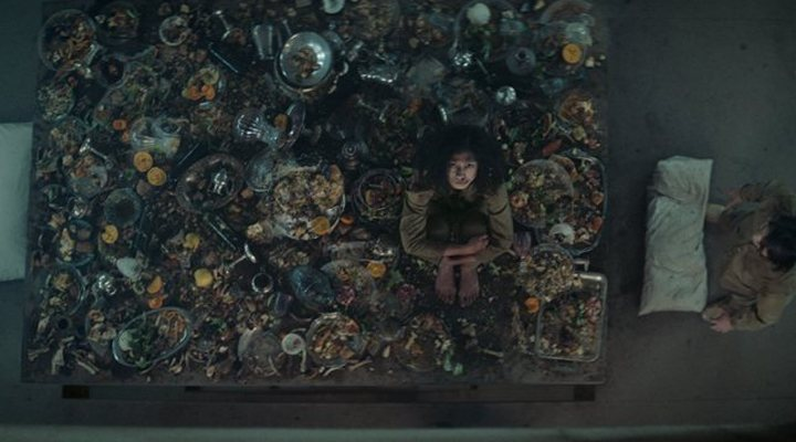 """""""El hoyo"""": la película que tienes que ver en Netflix es española"""