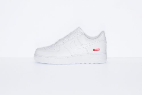supreme air force blanco 500x333 - Las nuevas Supreme x Nike Air Force 1 salen esta semana